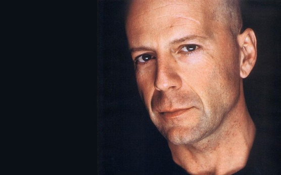 Bruce Willis NE tuži Apple